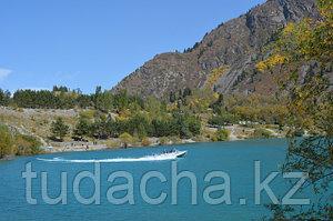 Озеро Иссык. Находится в 35 километрах от нас