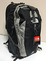 Рюкзак THE NORTH FACE. 50 литров. Высота 56 см, длина 31 см, ширина 25 см.
