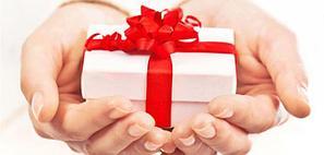 Интересные варианты подарков для родных и близких