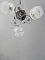 Люстра потолочная с комбинированными плафонами, фото 1