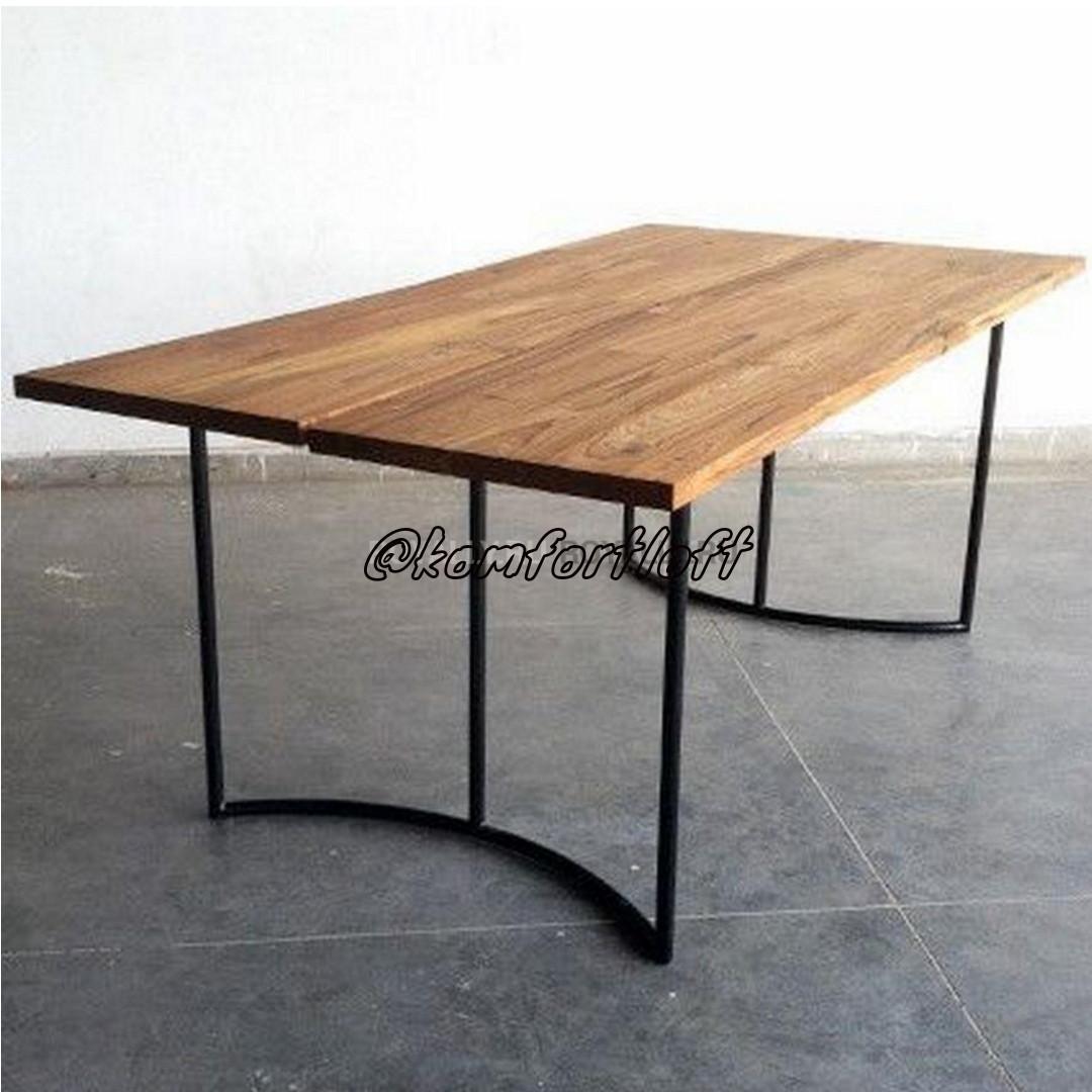 Стол на металлическом основании (Loft)