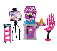 Студия Monster High Art Class Studio