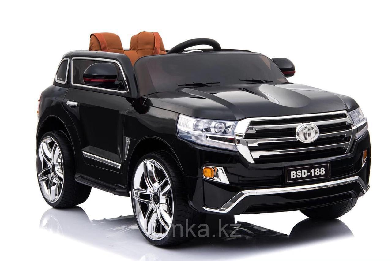 Электромобиль Toyota Land Cruiser 200