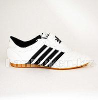 Обувь для таэквондо (соги/степки) TKD shoes со скрытой шнуровкой размеры 27-37 черно-белый 30