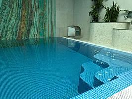 """Переливной бассейн. Размер = 2,8 х 2,9 х 1,7 м. Адрес: к.г. """"ЭДЕЛЬВЕЙС"""". 5"""