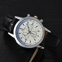 Стильные мужские часы FHD