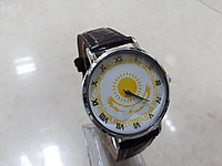 Мужские часы с национальным орнаментом