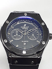 Часы Hublot Big Bang - кварцевые.