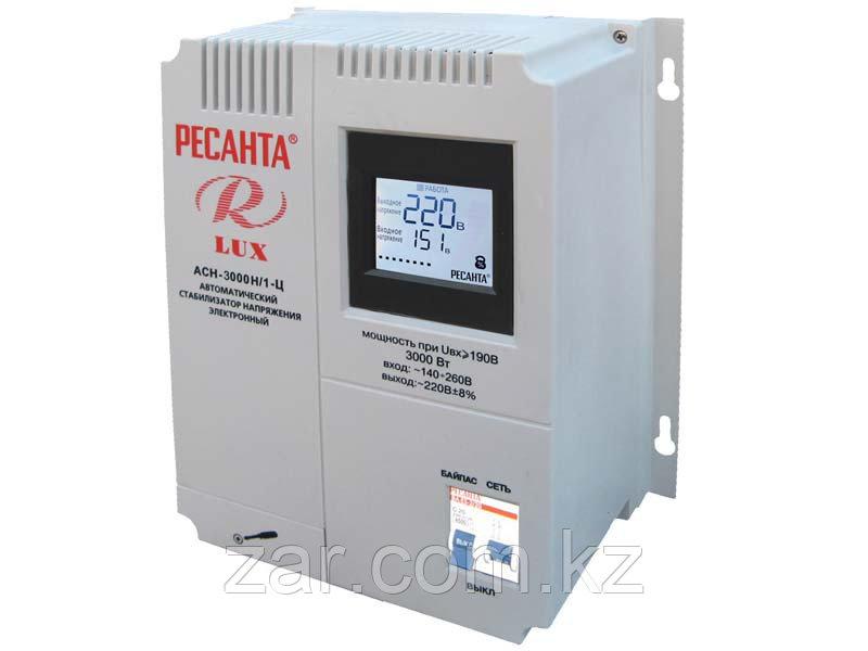 Ресанта LUX АСН-3000Н/1-Ц Однофазный цифровой настенный стабилизатор -