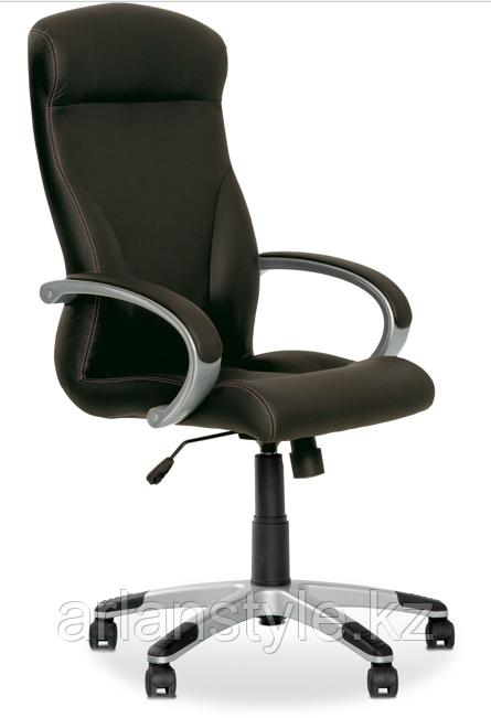 Офисное кресло для руководителя Riga Eco