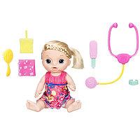 Игрушка кукла Малышка у врача