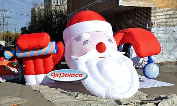 Надувная Фигура ''Санта на крыше''