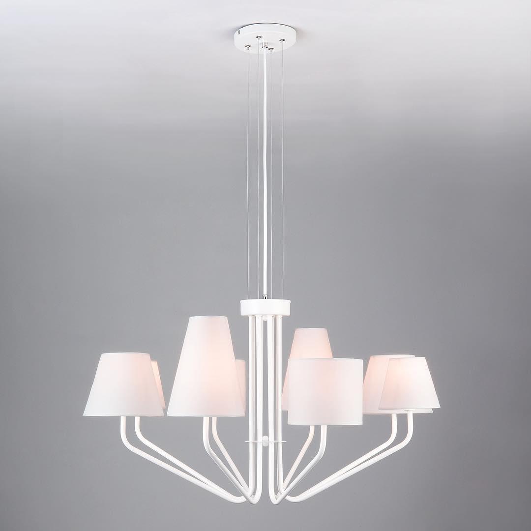 Люстра в стиле Лофт на 8 ламп белая с абажурами