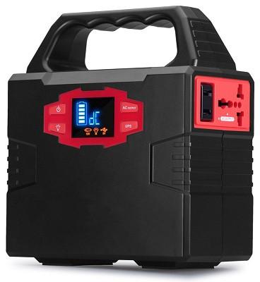 Этот небольшой генератор-чемоданчик обладает на удивление высокой выходной мощностью и емкой батареей (нажмите на фото для увеличения)