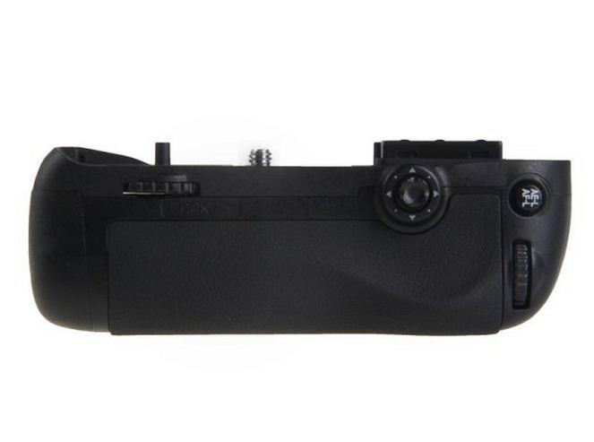Батарейный блок на Nikon D7100 / EN-EL15