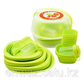 Пластиковая посуда для отдыха