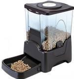 Qpets (США) Автоматическая кормушка для собак и кошек объемом 10.6л (6-7кг сухого корма)