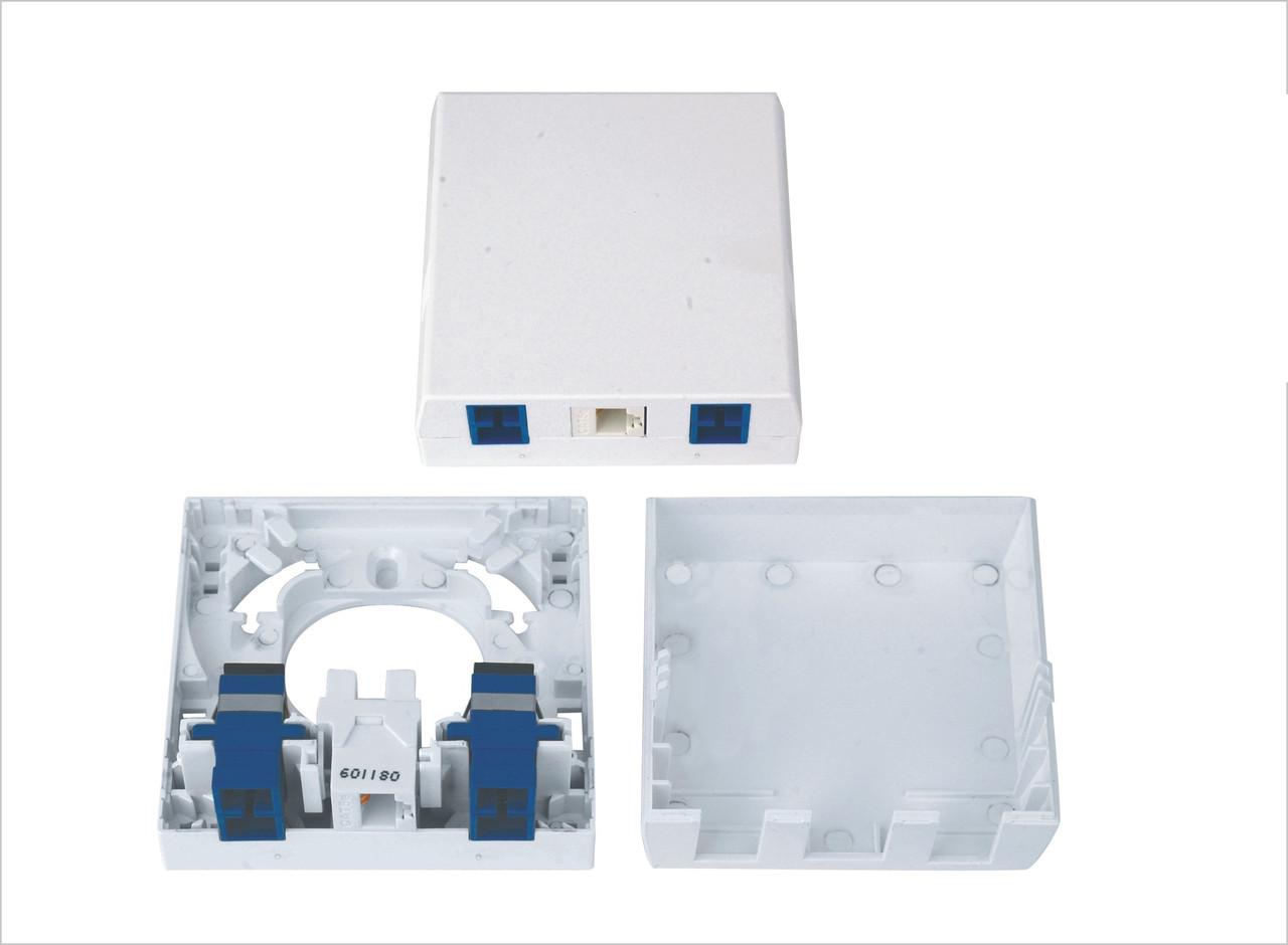 Розетка оптическая 4 port SC абонентская +1 port RG 45