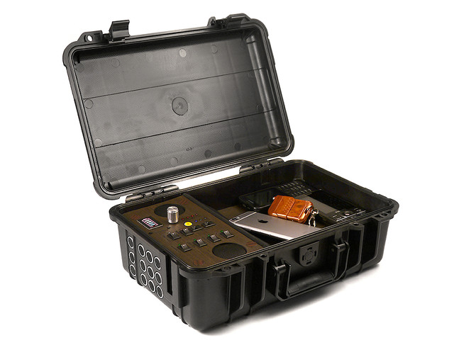 http://www.shpionam.net/products_pictures/spybox-1-b.jpg
