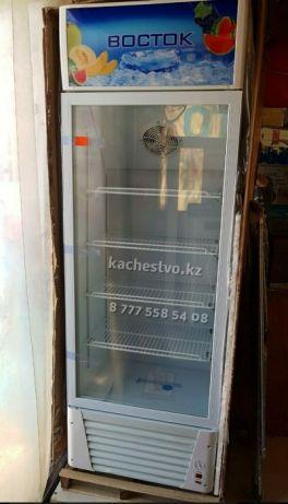Витринный холодильник с вентилятором 368 Литров