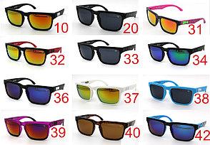 Солнцезащитные очки SPY+ Helm, черная оправа, фиолетово голубые дужки., фото 2