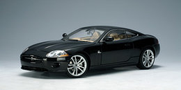 1/18 Auto Art Jaguar XK Coupe
