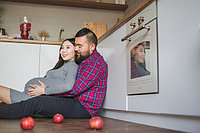 pregnancy_photo_session_p__girl_in_the_kithen_.j.jpg
