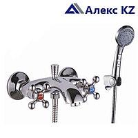 Смеситель KOLAG 1724  двуручный для ванны с коротким изливом, дивертор кнопочный