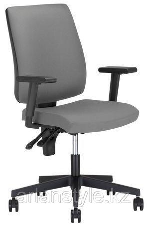 Кресло Taktik R Freelock+ PL70