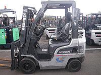 Газ/бензиновый автопогрузчик Nissan NP1F1A15D