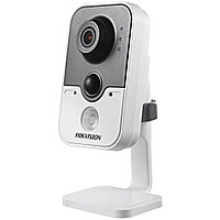IP камера Hikvision DS-2CD2422F-I