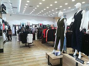 Торговое оборудование для сети магазинов одежды ZERO.  20