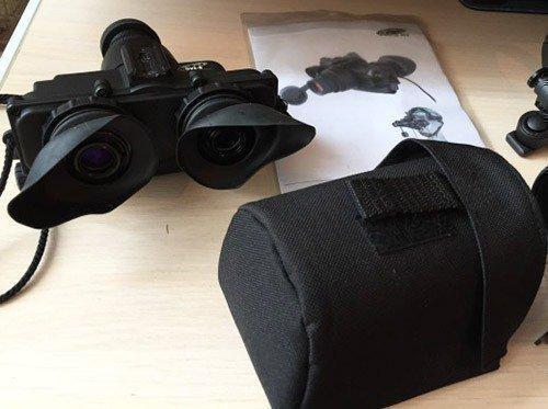 """Очки ночного видения """"Dedal DVS-8-A"""" комплектуются чехлом для удобного хранения и переноски"""