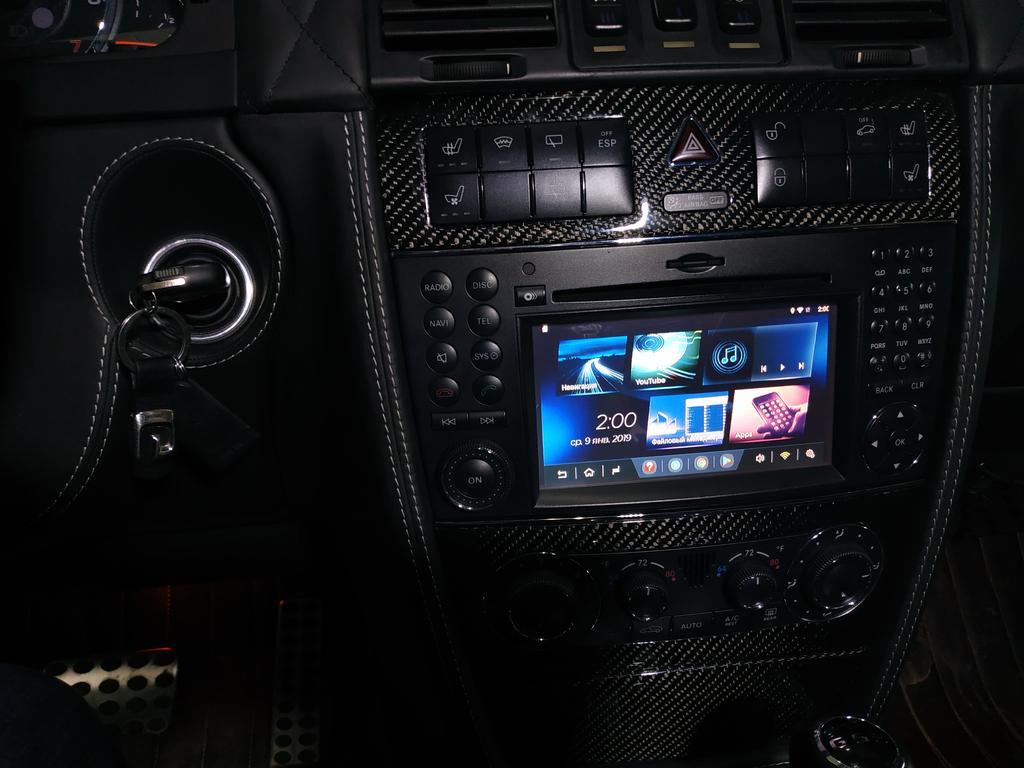 Установлен Android box для Mercedes benz AMG дополнительно инсталлирован сенсорный экран