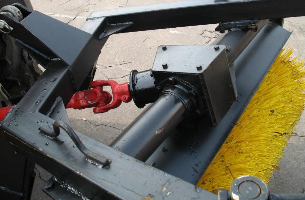 Щеточное оборудование МТЗ 1,5м.