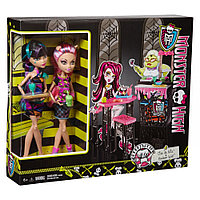 Набор кукол Монстер Хай Кафетерий Клео и Хаулин , Monster High CREEPATERIA Cleo de Nile & Howleen Wolf