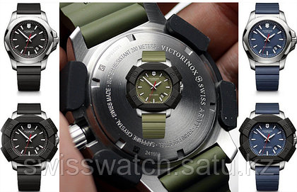 VICTORINOX: Swiss Army Inox watch