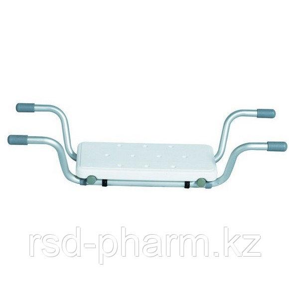 Сиденье для ванны B00650