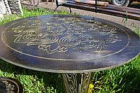 Круглый стол с орнаментом со стульями, фото 1